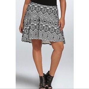 Torrid Bonded Lace Skater High Low Mini Skirt